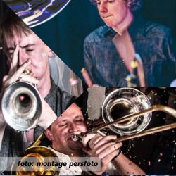 Etalageblokje De platenkast van het Broken Brass Ensemble - interview over en met muziek. Aan de hand van platen van drummer Pieterklaas de Groot, trompettist Luc Hudepohl en trombonist Arjen Attema.