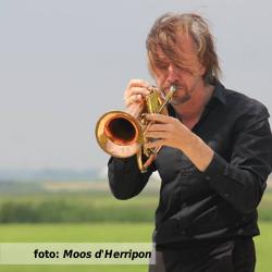 Etalageblokje voor de platenkast van Wouter Hakhoff - interview over en met muziek